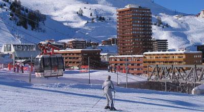 location de ski à plagne centre